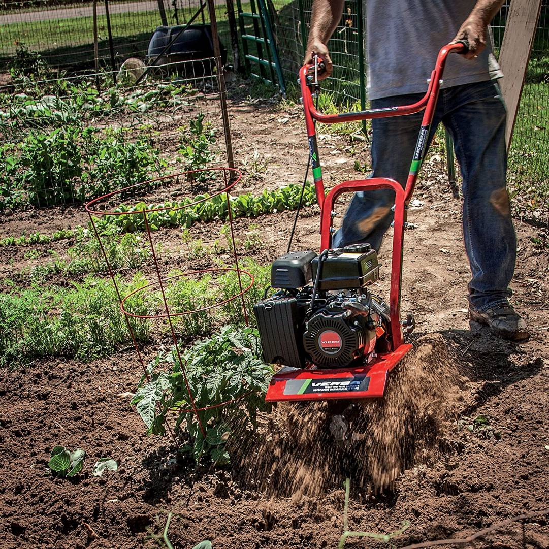 Configured as a cultivator, VERSA nimbly works the soil right next to plants