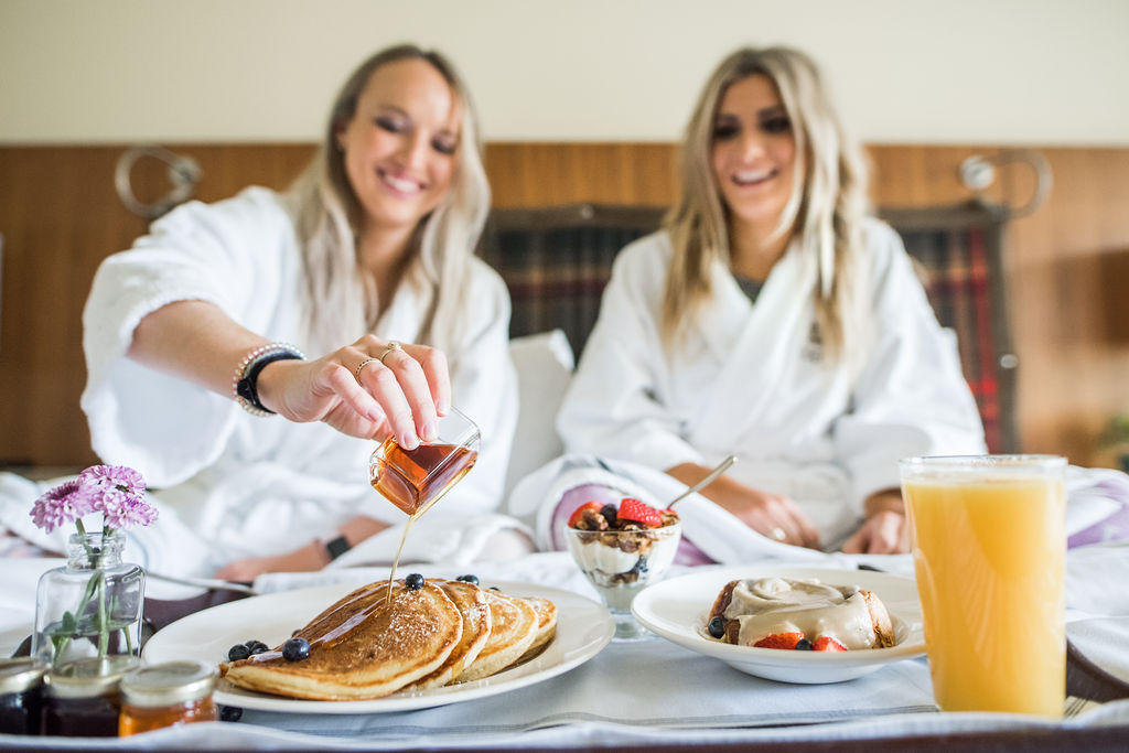 Girls Getaway Breakfast in bed photo by @luvlens Topnotch Resort